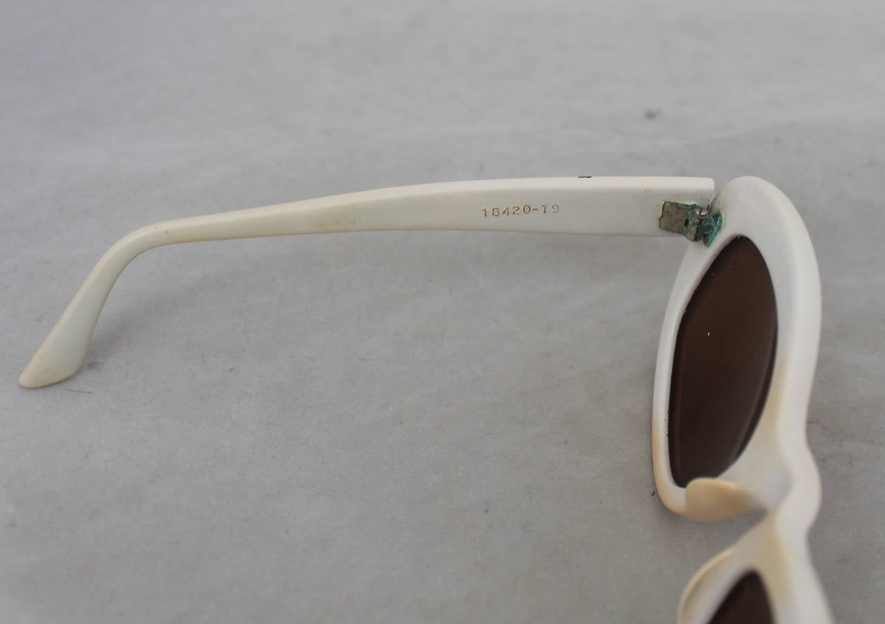 Azzedine Alaia 1990's Vintage White Frame Sunglasses 3
