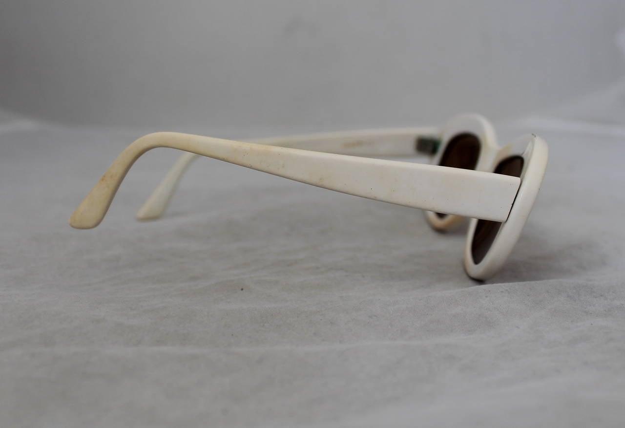 Azzedine Alaia 1990's Vintage White Frame Sunglasses 5