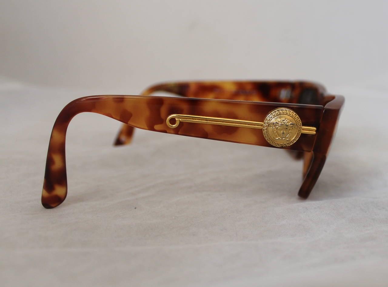 Versace 1990's Vintage Tortoise & Gold Emblem Sunglasses 2