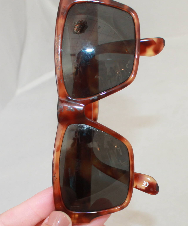 Versace 1990's Vintage Tortoise & Gold Emblem Sunglasses 7