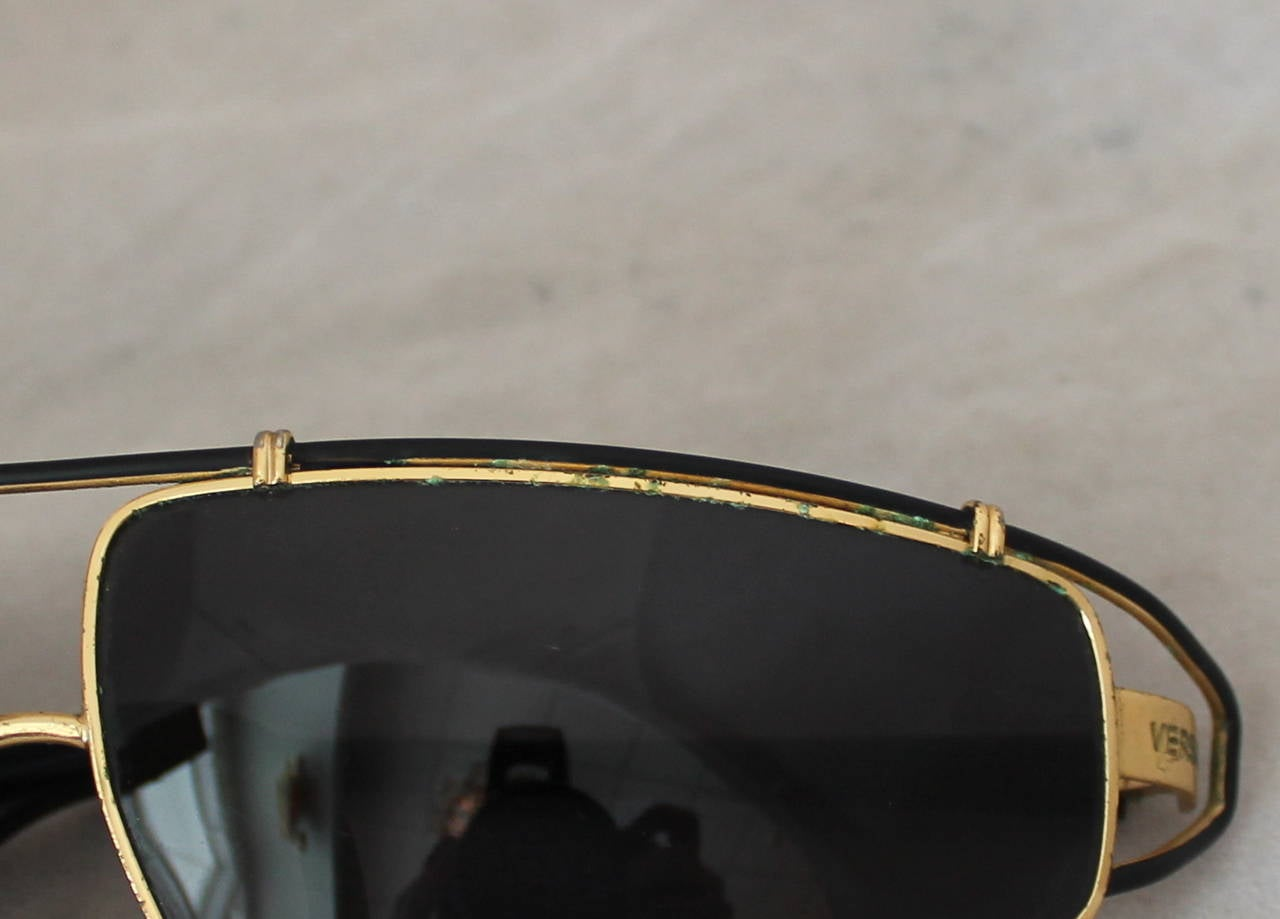 Versace 1980's Vintage Black & Gold Geometric Aviator Sunglasses 8