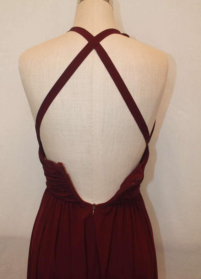 Carolyn Roehm Eggplant Halter Gown - 4 In Excellent Condition For Sale In Palm Beach, FL