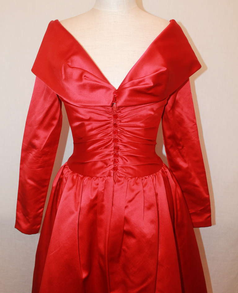 Women's John Anthony Red Satin Gown - 4 For Sale