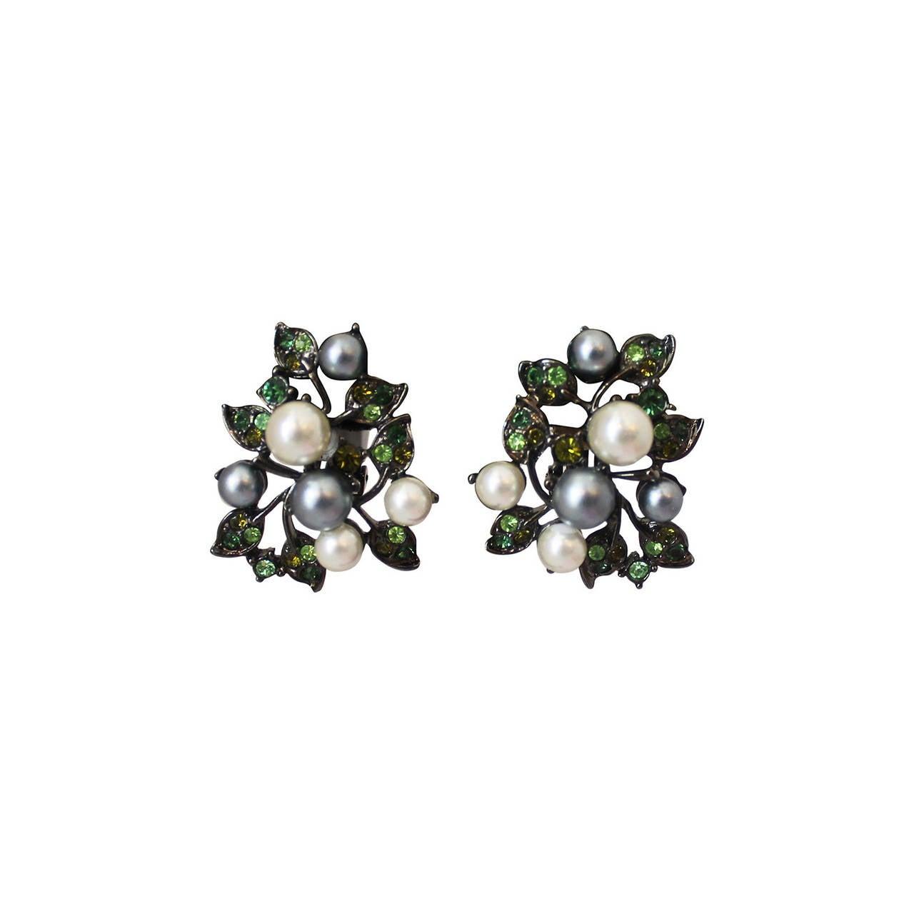 Kenneth Jay Lane 1990's Pearl & Green Rhinestone Clip-on Earrings For Sale