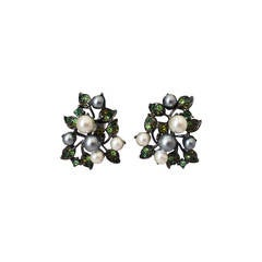 Kenneth Jay Lane 1990's Pearl & Green Rhinestone Clip-on Earrings