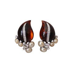 Kenneth Jay Lane 1990's Amber, Leaf & Rhinestone Clip-on Earrings
