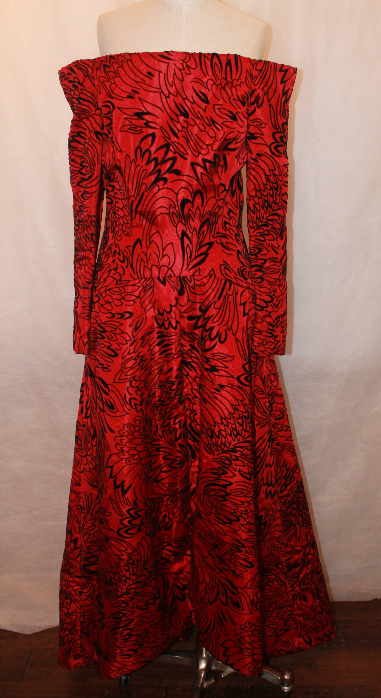 Scaasi 1990's Vintage Red & Black Long Sleeve Gown - 8 2