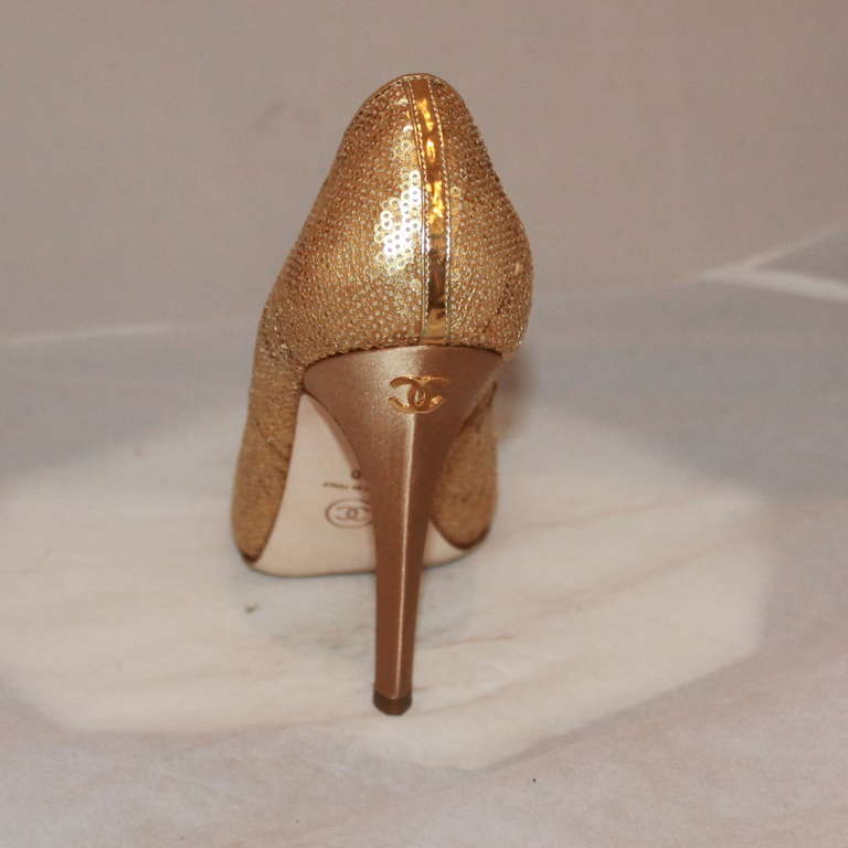 "Chanel Gold Sequin Covered Pumps with ""CC"" Back - Sz 40  4"