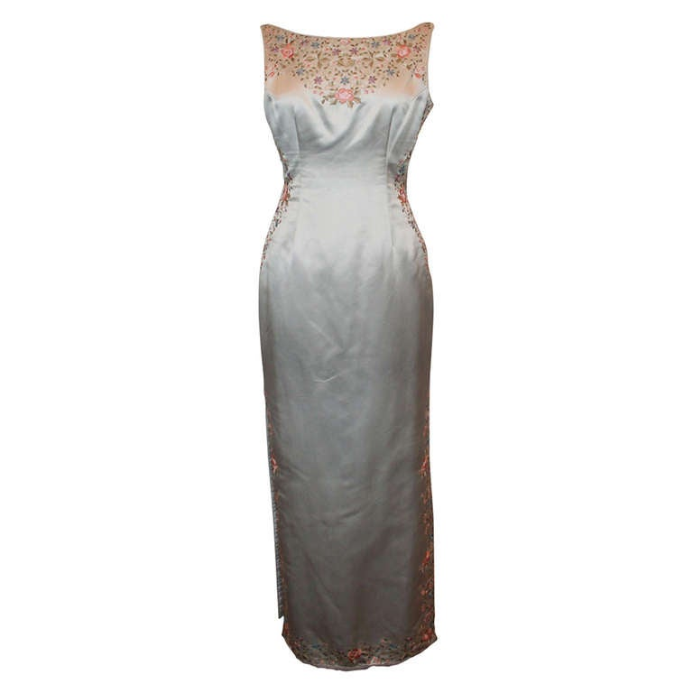 Unknown Grey Silk Flower Embroidered Gown - 6 For Sale