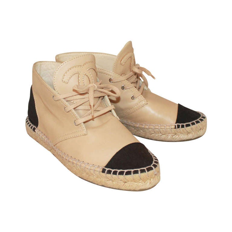 Chanel Beige & Black Leather Sneaker Espadrille - 6 For Sale