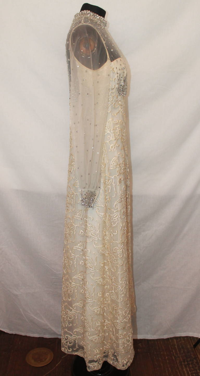 Unknown Vinatge Ivory Gown Circa 1970s - M 2
