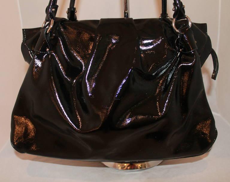 b1ed90dd0c6 Salvatore Ferragamo Black Patent Tote. This bag is in impeccable condition  and has slight pleats