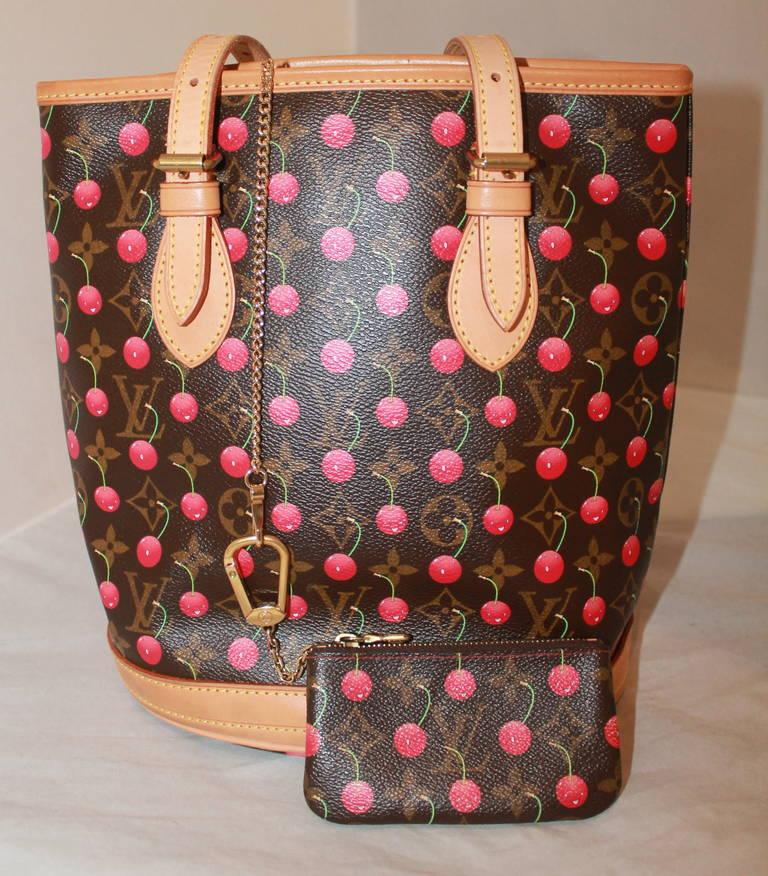 a40e89fbe718 Louis Vuitton Cherry Handbag   Coin Purse In Excellent Condition For Sale  In Palm Beach