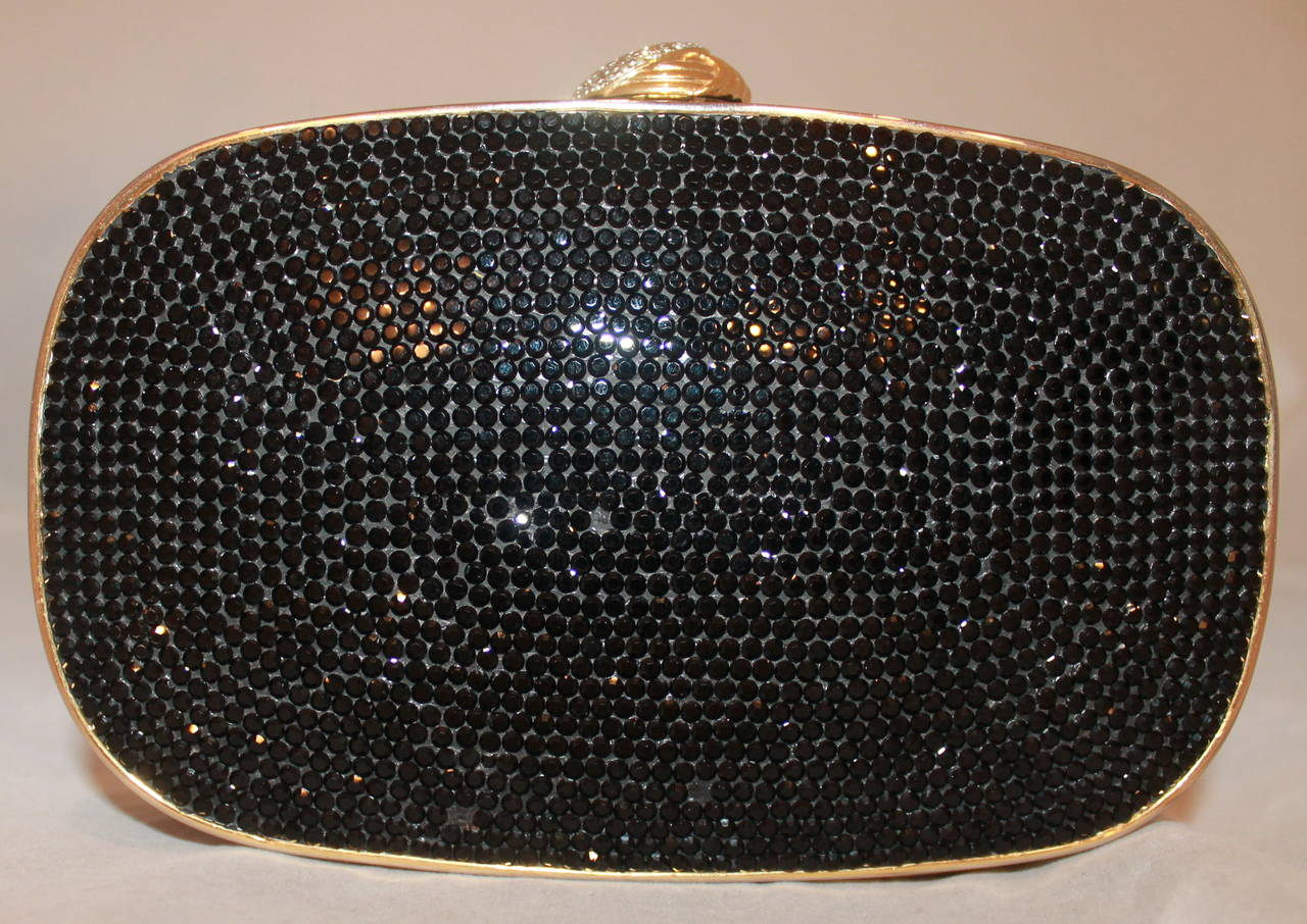 Judith Leiber Vintage Black Crystal Minaudiere In Excellent Condition For Sale In Palm Beach, FL
