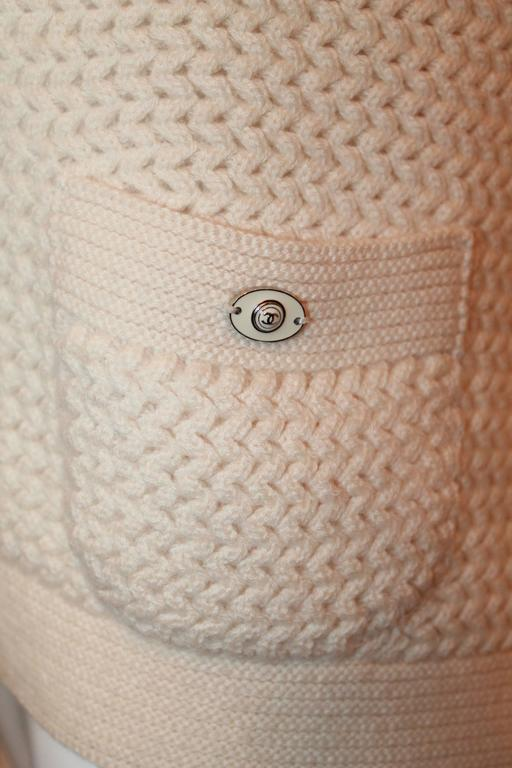 Chanel Ivory Cashmere Oversized Knitted Sweater Top - 2007 - 42 5
