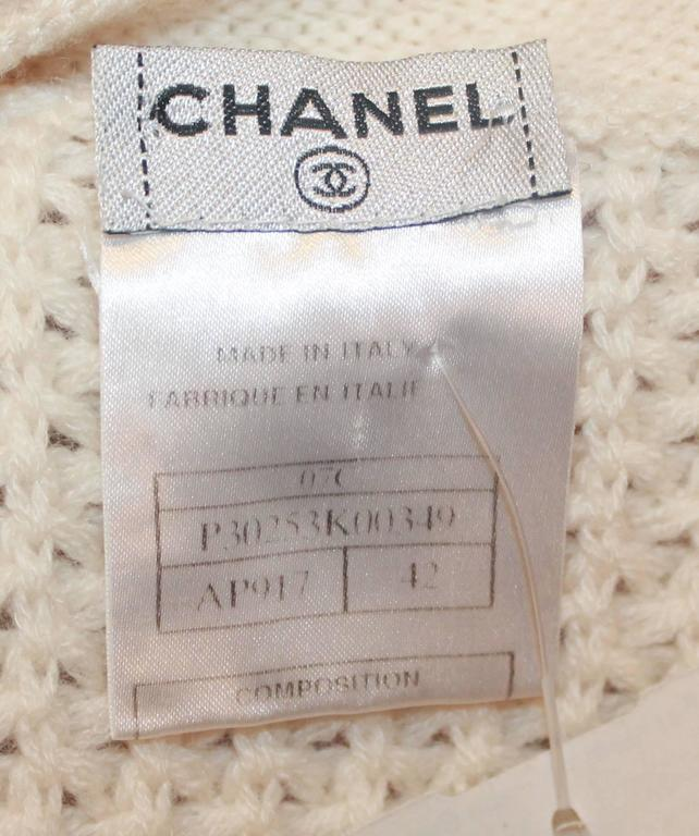 Chanel Ivory Cashmere Oversized Knitted Sweater Top - 2007 - 42 For Sale 1