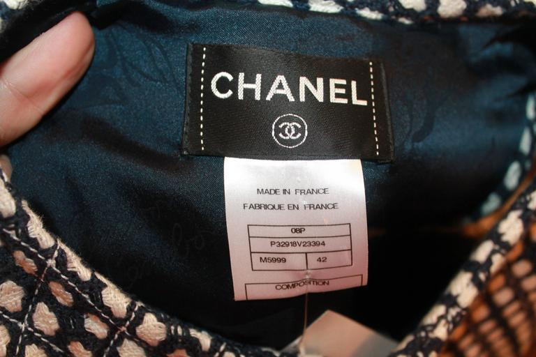 Chanel Navy & White Tweed Sleeveless Shift Dress with Front Zipper & Pockets - 4 For Sale 4
