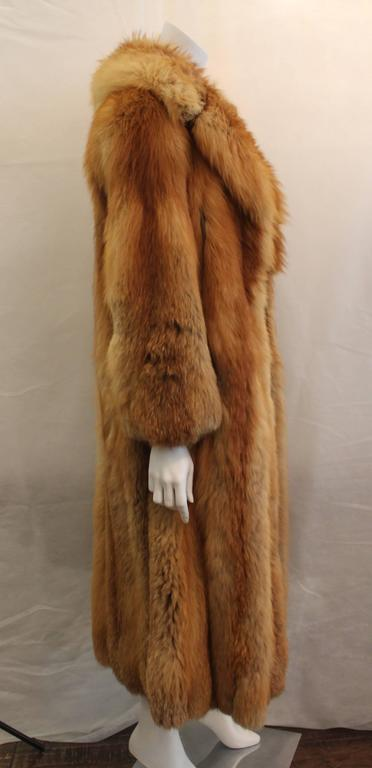 Brown Custom Full Length Golden Fox Fur Coat - M/L For Sale