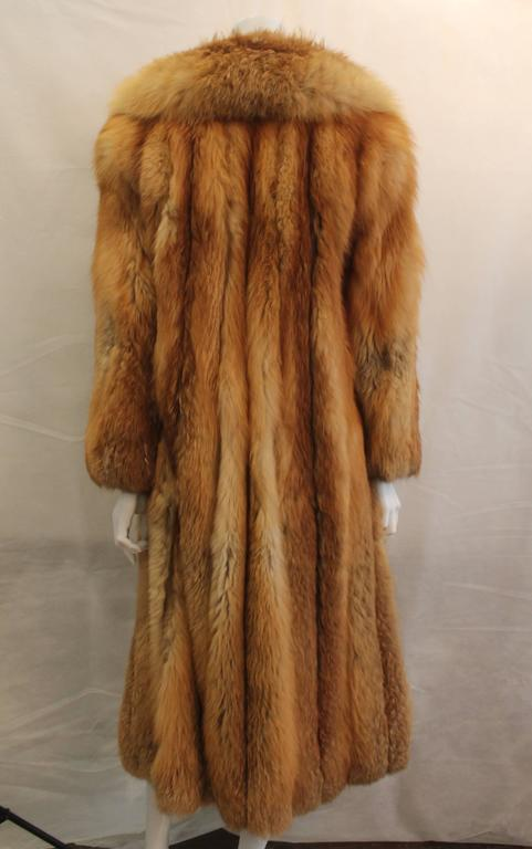 Custom Full Length Golden Fox Fur Coat - M/L In Excellent Condition For Sale In Palm Beach, FL