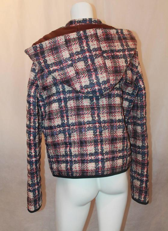 Chanel multi plaid puffer jacket w/ removable hood - Sz 46 - NWT - Circa 2013 In New Condition For Sale In Palm Beach, FL