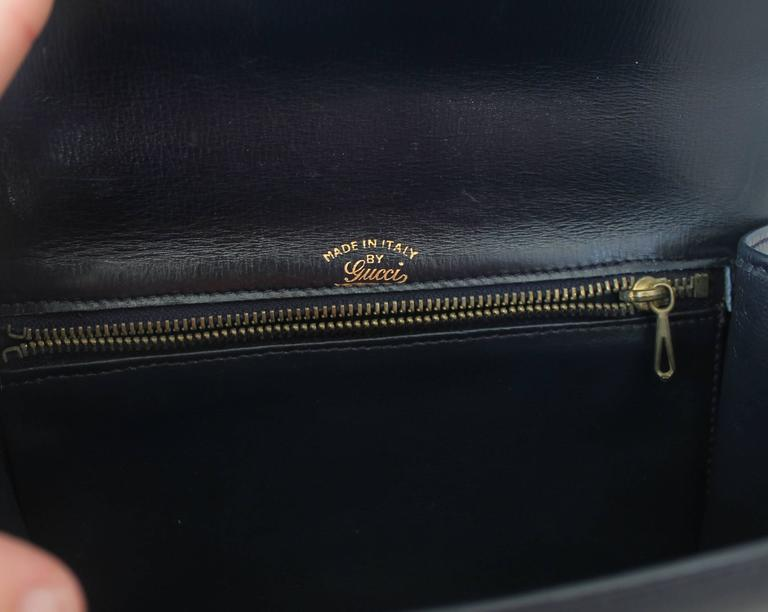 Women's Gucci Vintage Navy Leather Clutch - GHW - Circa 1950's For Sale