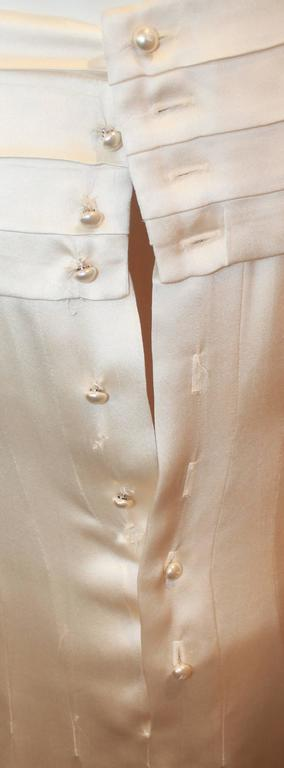 Women's Chanel Ivory Silk Pleated Flapper Inspired Dress - 40 - 05P For Sale