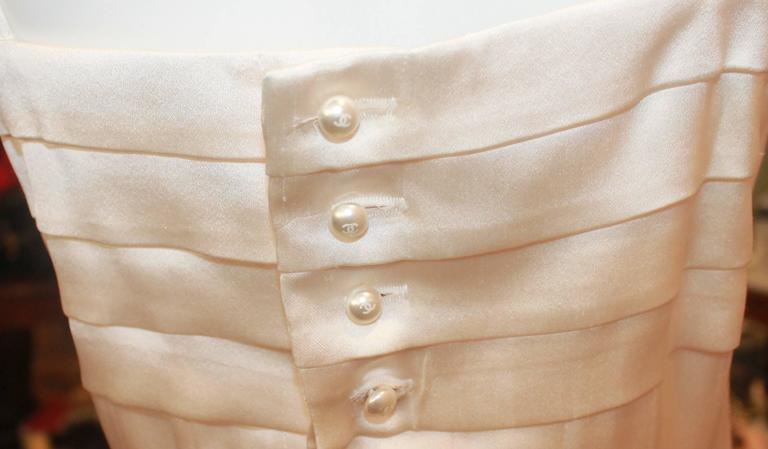 Chanel Ivory Silk Pleated Flapper Inspired Dress - 40 - 05P For Sale 1