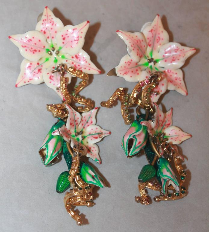 Palm Beach Chic Circa 1990s: Lunch At The Ritz Pink, White And Green Floral Drop Clip