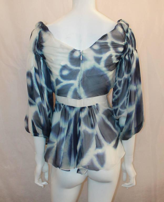 Roberto Cavalli Blue & White Printed Silk Chiffon Blouse - 38 In Excellent Condition For Sale In Palm Beach, FL