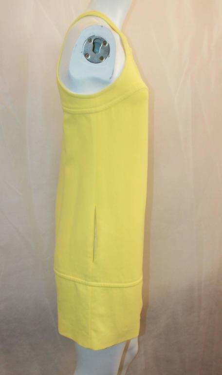 Emilio Pucci New Yellow Halter Dress with Keyhole - 38 In Excellent Condition For Sale In Palm Beach, FL