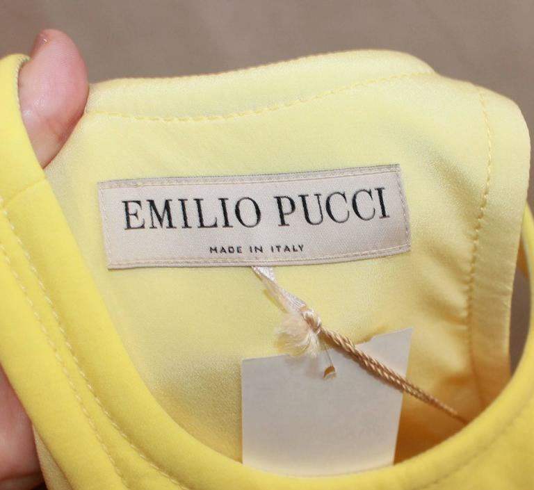 Emilio Pucci New Yellow Halter Dress with Keyhole - 38 For Sale 2