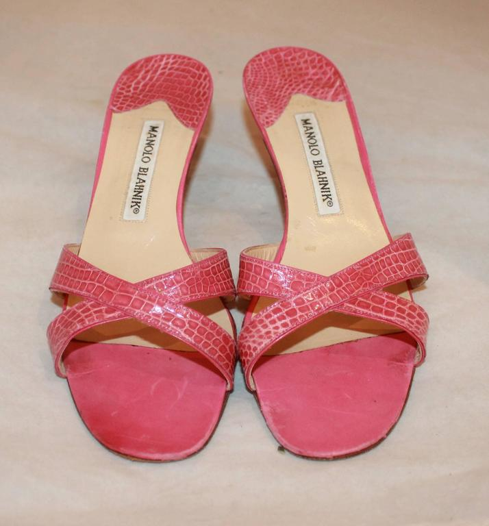 Manolo Blahnik Pink Croc Crisscross Slide with Heel - 38.5 In Excellent Condition For Sale In Palm Beach, FL