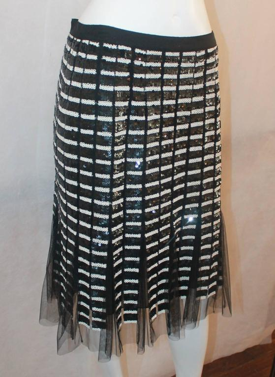 Oscar de la Renta Black & Ivory Sequin and Mesh Pleated Skirt - 10 2