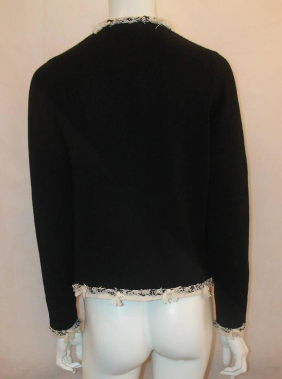 Women's Chanel Black Cashmere Cardigan with Ivory Tweed Trim - 38 For Sale