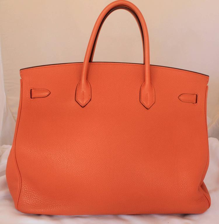 Hermes Orange Clemence 40cm Birkin - SHW- Circa 2009 In Excellent Condition For Sale In Palm Beach, FL
