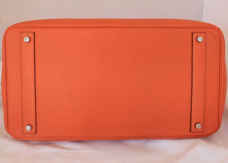 Hermes Orange Clemence 40cm Birkin - SHW- Circa 2009 For Sale 1