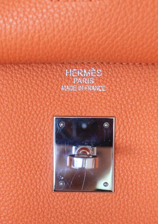 Hermes Orange Clemence 40cm Birkin - SHW- Circa 2009 For Sale 3