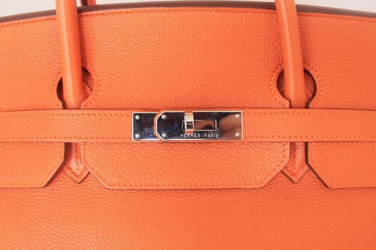 Hermes Orange Clemence 40cm Birkin - SHW- Circa 2009 For Sale 4