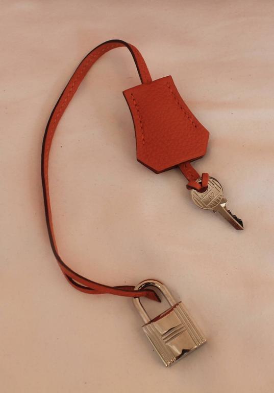 Hermes Orange Clemence 40cm Birkin - SHW- Circa 2009 For Sale 6