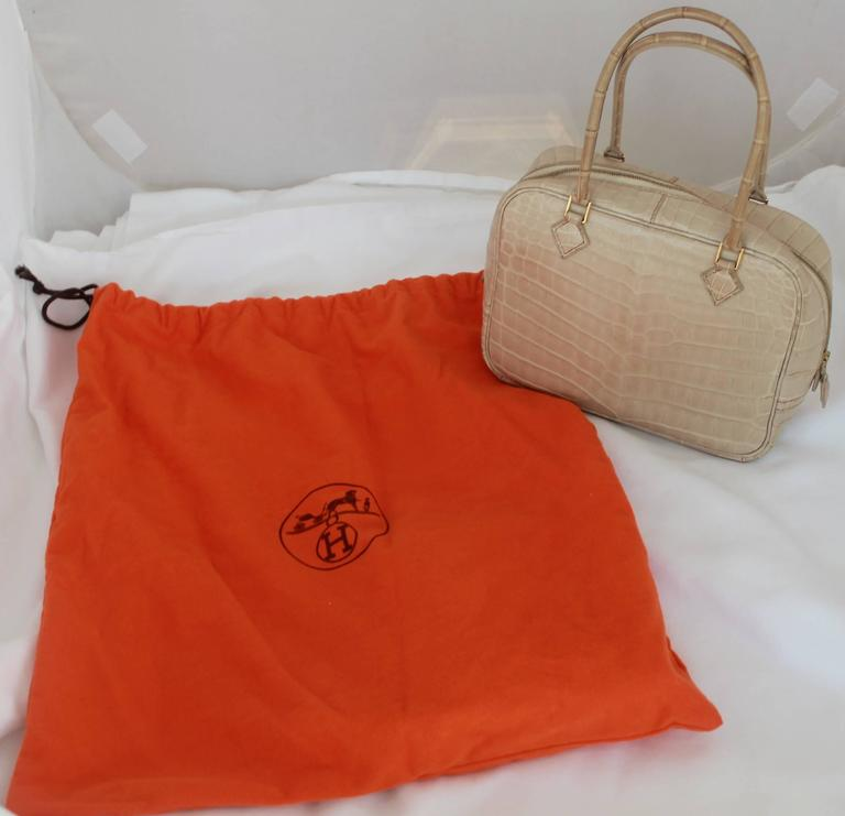Hermes Beige Crocodile 20cm Plume Handbag - GHW - 2003 In Good Condition For Sale In Palm Beach, FL