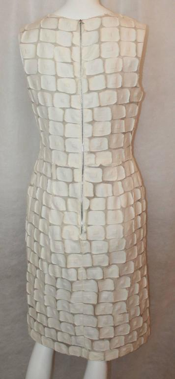 Lela Rose Ivory Cotton Blend Sleeveless Patchwork Dress - 8 In Excellent Condition For Sale In Palm Beach, FL