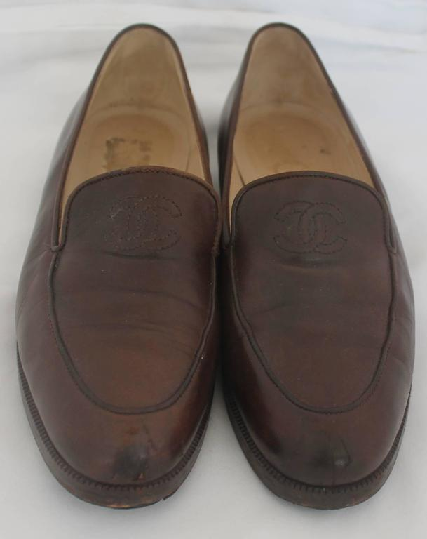 "Chanel Brown Leather Loafers with Stitched ""CC"" - 37 5"
