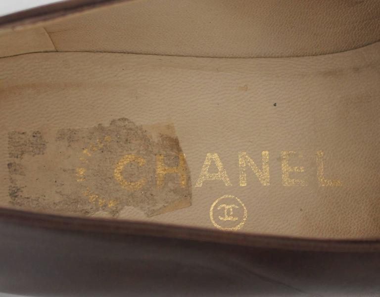 "Chanel Brown Leather Loafers with Stitched ""CC"" - 37 7"