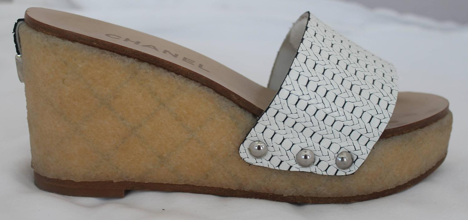 chanel white plastic wedges with textured rubber 36