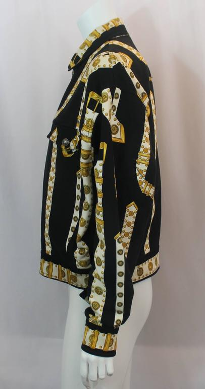 Versace Vintage Black/White/Gold Cotton Blend Studded Belt Print Jacket - 48 In Excellent Condition For Sale In Palm Beach, FL