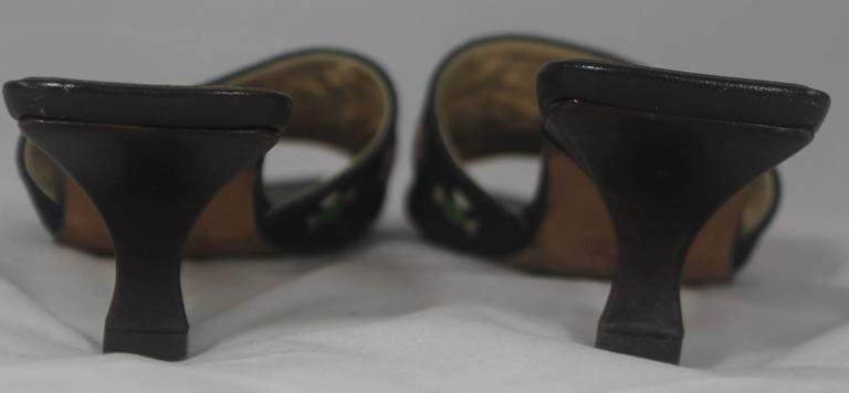 Fendi Denim Slides with Multi-Colored Embroidered and Beaded Design - 7M In Good Condition For Sale In Palm Beach, FL