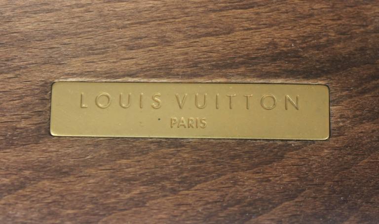 Louis Vuitton Grey Monogram Clog w/  Rhinestone and Floral Raffia Decor - 37 For Sale 2