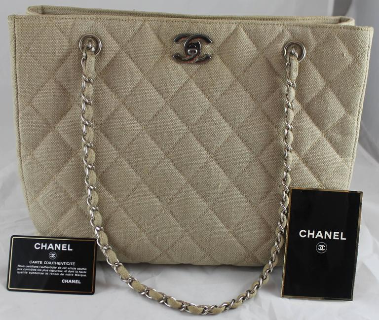 Chanel Beige Raffia Quilted Tote w/ Turnkey Lock & chain strap-SHW-circa 97 For Sale 1
