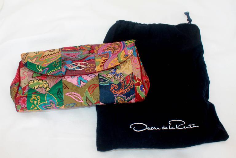 Oscar De La Renta Patchwork De Soie Multicolore Sac De Soirée Avec Du Matériel D'argent Où Acheter Des Biens Pas Cher Best-seller Rabais 2OzTi1yyC