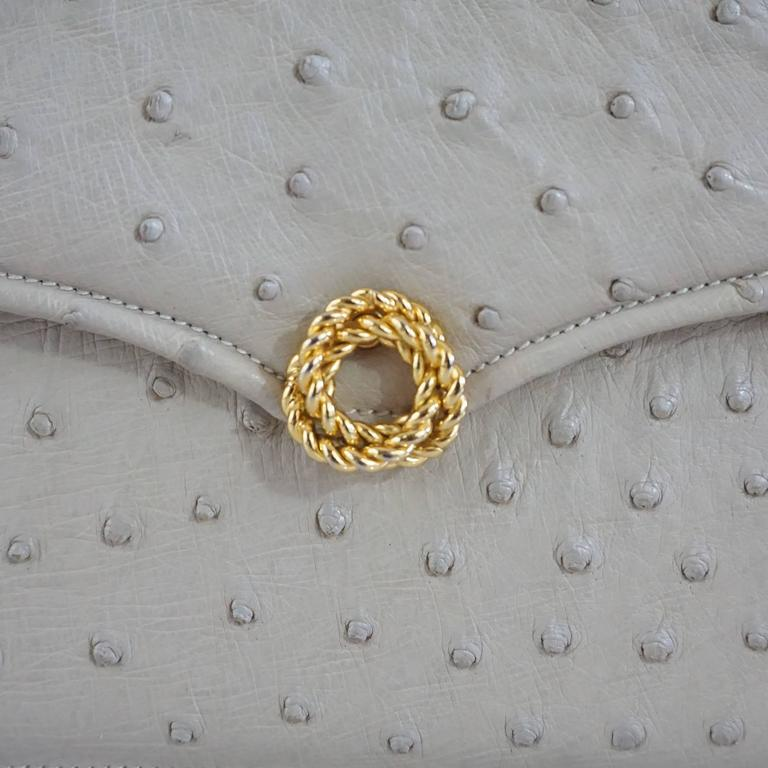 Gucci Bone Ostrich Envelope Clutch with Gold Clasp - 1950's For Sale 1